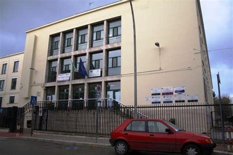 scuola baldacchini barletta in arrivo quasi tre milioni di per le scuole di barletta