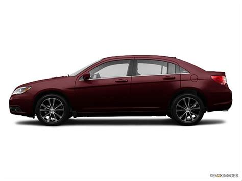 2013 Chrysler 200 Colors by What Is The Blue Book For The 200 2013 Chrysler Lx Autos