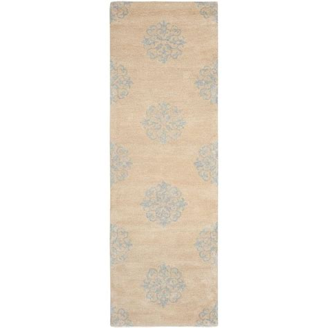 8 foot runner rug safavieh soho beige 2 ft 6 in x 8 ft rug runner soh424d 28 the home depot
