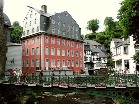 ka haus panoramio photo of ka monschau das rote haus