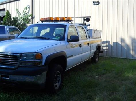 how to work on cars 2001 gmc sierra 1500 interior lighting purchase used 2001 gmc sierra 2500hd pick up crew cab 4dr pick up work horse in toms river new
