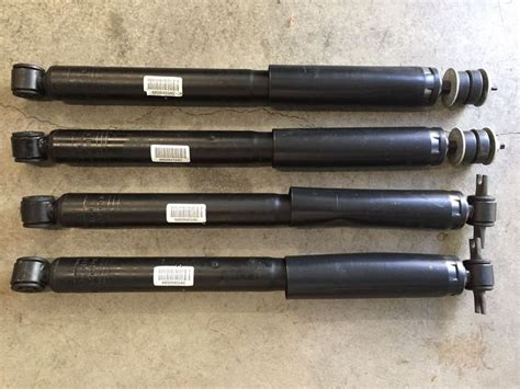 stock jeep suspension jeep wrangler unlimited jk oem shocks front rear