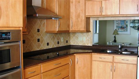 clean kitchen cabinets cleaning kitchen cabinets duncan s creative kitchens