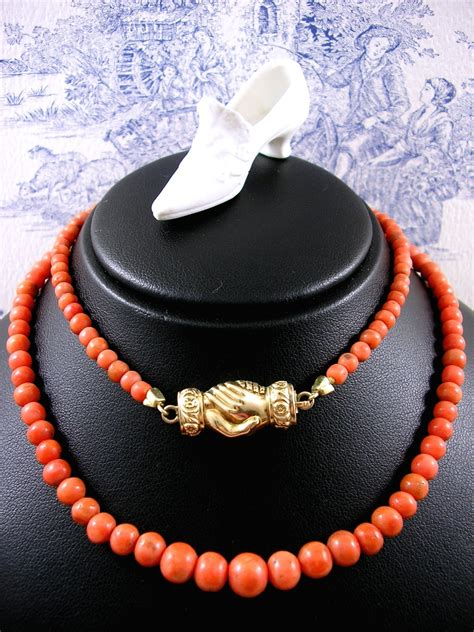 georgian coral necklace with gold fede betrothal clasp