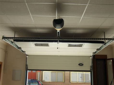 automatismos puertas garaje foto puertas garaje automatismos de puertas y