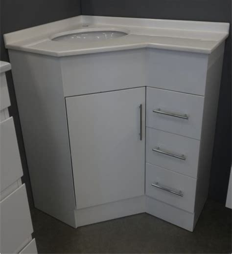 White Corner Bathroom Vanity 1000 Ideas About Corner Bathroom Vanity On Pinterest Corner Vanity Bathroom Vanities And