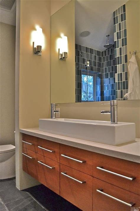 Master Bathroom Vanity 15 Master Bathrooms With Dual Vanities Page 2 Of 3