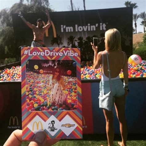 Great Experiential Marketing: Live brand activations at Coachella Festival 2015   BTL / Street