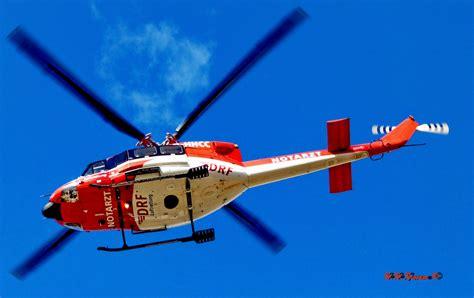 Bell Helikopter notarzt helikopter hubschrauber bell 412 foto bild