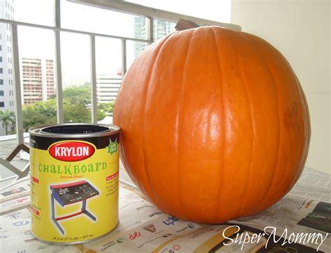 chalkboard paint pumpkin chalkboard painted pumpkin o lantern