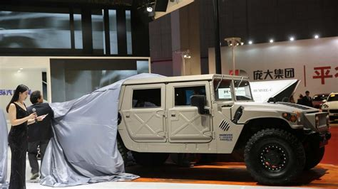 hummer h1 interni the hummer h1 is coming back on sale as humvee c series