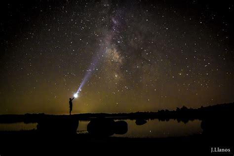imagenes negras con estrellas madrugada del 12 de agosto lluvia de estrellas maestro joao