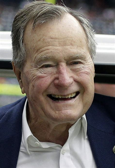 george w bush birthday president bush turns 90 years old with parachute jump
