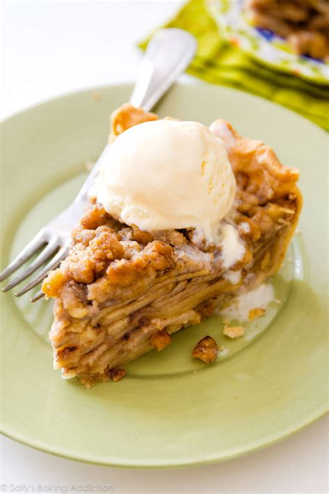Apple Crumble apple crumble pie sallys baking addiction