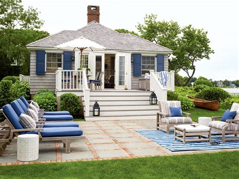 Cottage Deck Designs by Briant Interiors Small Outdoor Patio Spaces