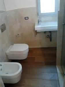 realizzazioni bagni moderni foto realizzazione bagno con parquet di multicalor 56459
