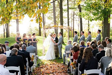 Wedding Venues Traverse City Mi by Traverse City Wedding Venue With Intimate Setting