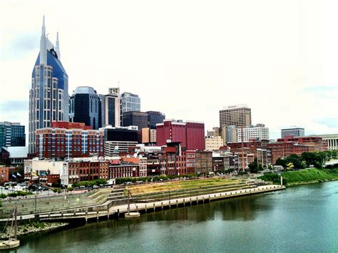 where to find the best nashville vacation packages