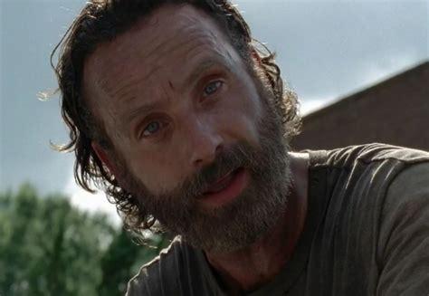 Rick 247 Com | help an 8 bit rick grimes elude zombies in the escapists