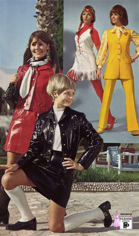 Stoking Kaos Kaki Sai Di Bawah Lutut kisi karunia fashion 1900 1989