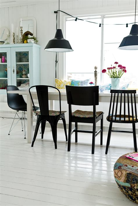 Superbe Chaise Salle A Manger #6: 5-idees-pour-vous-convaincre-de-depareiller-vos-chaises-de-salle-a-manger-FrenchyFancy-7.jpg