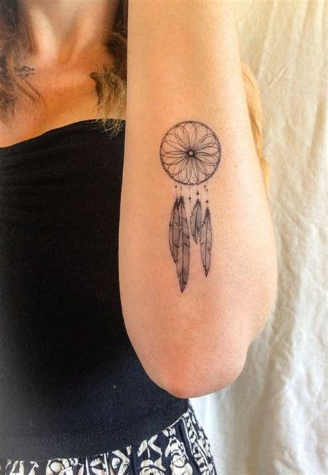 dreamcatcher tattoo klein las 25 mejores ideas sobre tatuajes atrapasue 241 os en