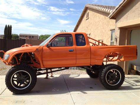 old toyota lifted 34 best classic lifted toyota truck images on pinterest