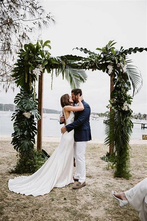 stunning beach wedding ceremony ideas backdrops arches