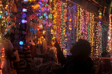 how to decorate home with light in diwali diwali decorations how to decorate your house this