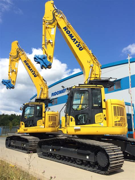 zero tail swing excavator new twenty ton zero tail swing excavators available