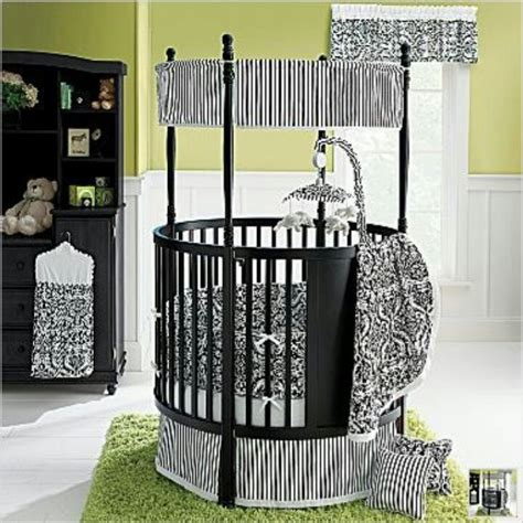 Circle Baby Bed by Crib In With The Cribs Baby Nursery
