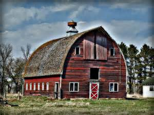 Red Barn Mn Old Red Barn With Cupola By Laurie With