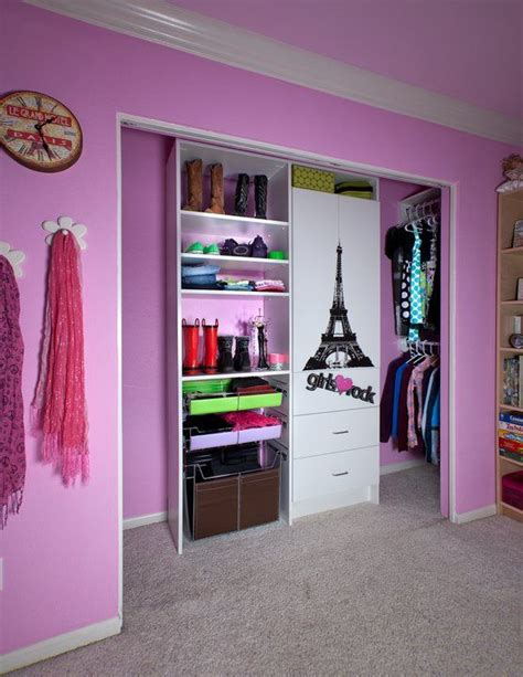 Removable Closet Shelves How To Turn The Standard Closet Into A Tween S Dressing