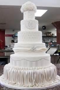 mario lopez s wedding cake amazing cakes pinterest mario wedding cakes and cake boss