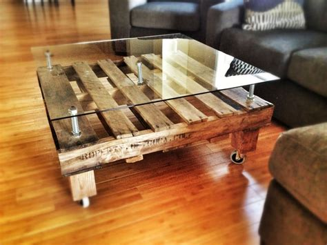 Diy Pallet Coffee Table Wheels Diy Pallet Coffee Table I Made Using Oversized Bolts And A Custom Sheet Of Glass On Caster