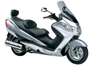 Suzuki Burgman 400 2005 Suzuki Burgman 400 2005 Agora Moto