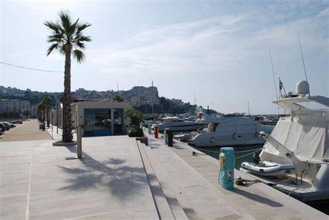 porto di rodi garganico panoramica porto turistico di rodi garganico picture