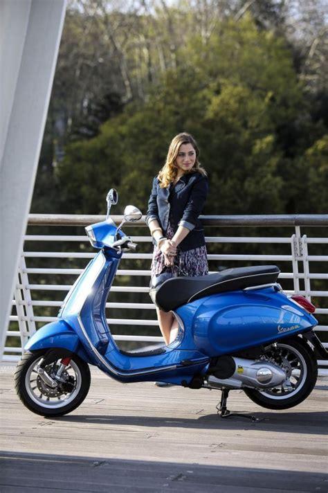 Mobile Motorrad Vespa 125 by Vespa Sprint 125 Modernisierter Klassiker Magazin