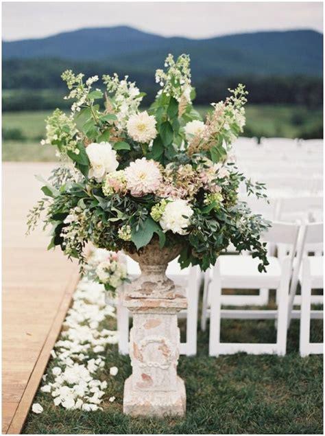 wedding flower ceremony styling by clair lythgoe wedding florist