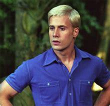 freddie prinze jr look alike actor fred jones scooby doo wikipedia