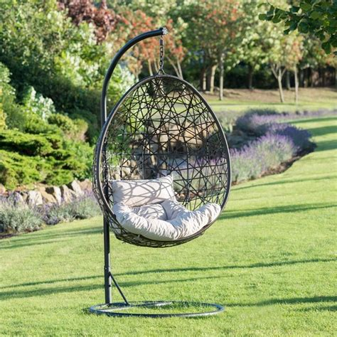best 25 hanging chairs ideas on pinterest hanging chair top 28 best 25 hanging egg chair best 25 hanging egg