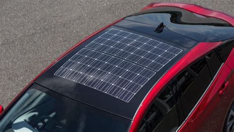 panasonic shows off new solar roof for japanese toyota