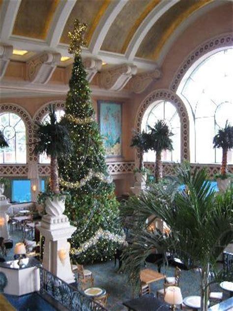 bahamas christmas decorations atlantis picture of atlantis tower paradise island tripadvisor
