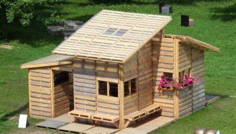Gartenhaus Aus Europaletten bauen mit paletten bilder und anleitung f 252 r anf 228 nger