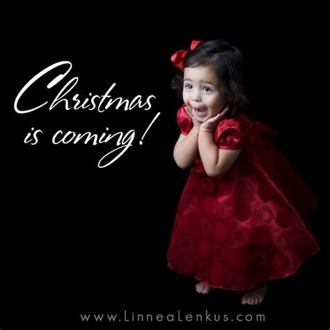 Christmas Is Coming Meme - welcome to memespp com
