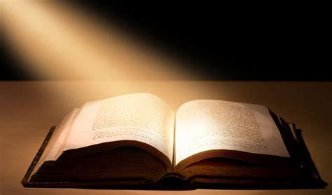 m馘iterran馥 si鑒e social i paolini lanciano la bibbia economica si trover 224 anche