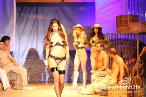 Playmate Ladila World Jgjk02609093 3k playmates fashion week 2010 day 1 bnl