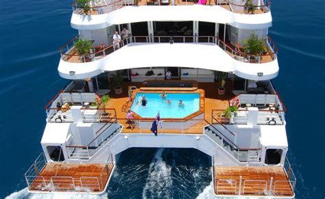 catamaran of ship pin catamaran cruise ship on pinterest