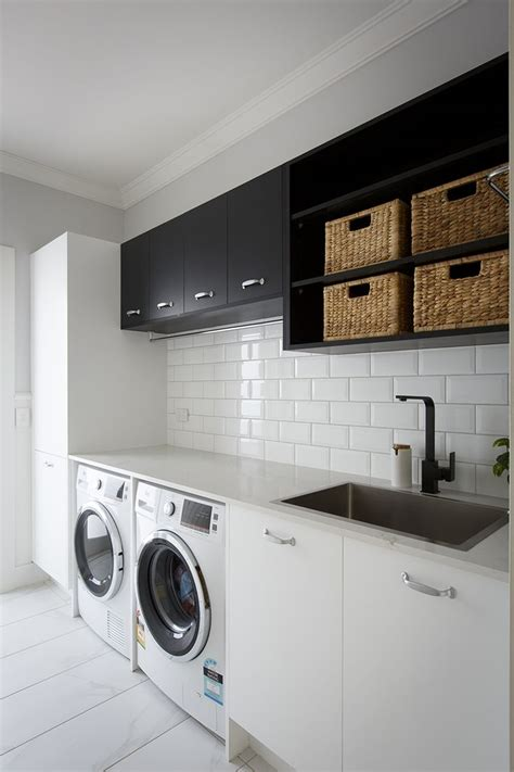 Bathroom With Laundry Room Ideas by Best 25 Bathroom Laundry Ideas On Laundry In