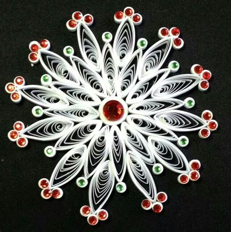 quilled christmas ornament patterns 170 best images about quilled snowflakes and patterns on